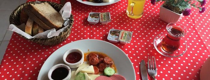 Yeni Bademli Konuk Evi & Cafe is one of 20-21 Nisan Gökçeada.