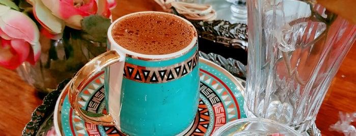 Cafe Bonbon Kuzguncuk is one of İstanbul Yemeİçme.