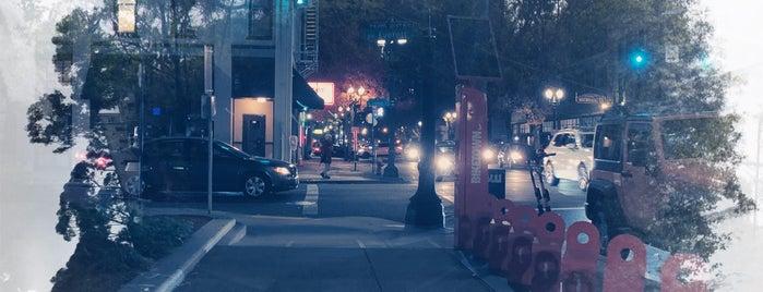 Old Town/Chinatown Neighborhood is one of honeymoon.