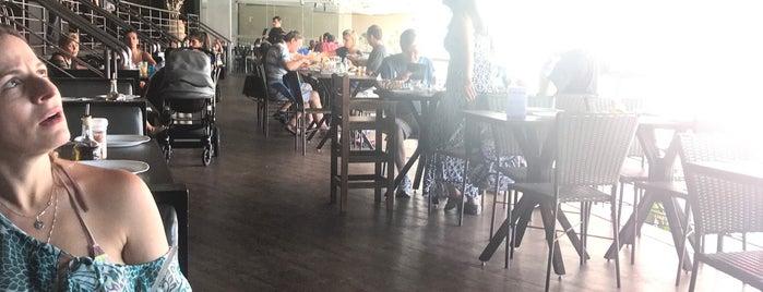 Amani Restaurante is one of Tempat yang Disukai Rodrigo.