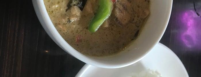 Thai Cuisine Yum Yum Siam is one of สถานที่ที่ Shinichi ถูกใจ.