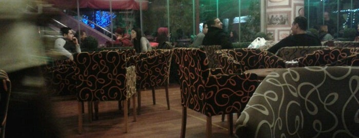 Serander Cafe is one of MenümNette - İstanbul Mekanları.