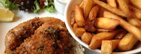 The Hand & Racquet is one of Wimbledon Good Food Guide.