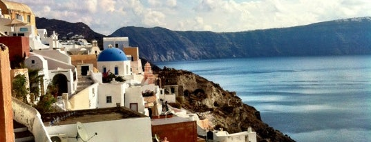Oia is one of World Heritage Sites!!!.