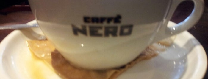 Caffè Nero is one of Paul 님이 좋아한 장소.