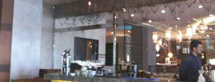 Steigenberger Hotel Suda Kebap is one of Tempat yang Disukai Mesut.