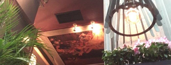 Kuko's The Bar is one of สถานที่ที่บันทึกไว้ของ 🌠 🌌 Elita.