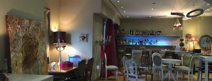 Zoe's Premium Latteria is one of Vangelis'in Beğendiği Mekanlar.