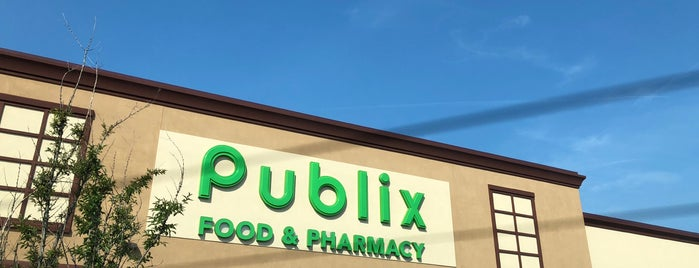 Publix is one of Locais curtidos por Colin.