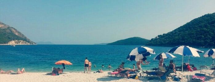 Μικρός Γιαλός is one of Tempat yang Disukai Spiridoula.