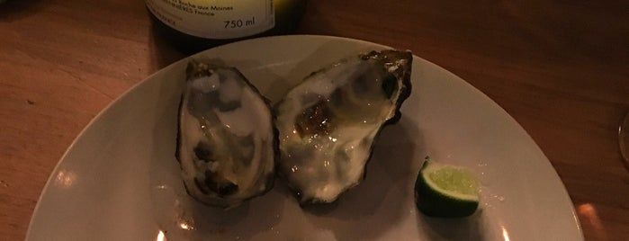 Olympia Oyster Bar is one of Beatrizさんのお気に入りスポット.