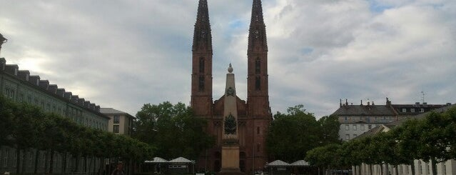 Luisenplatz is one of Wiesbaden & Umgebung.