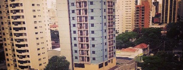 Hotel Merak is one of Dormi aqui.