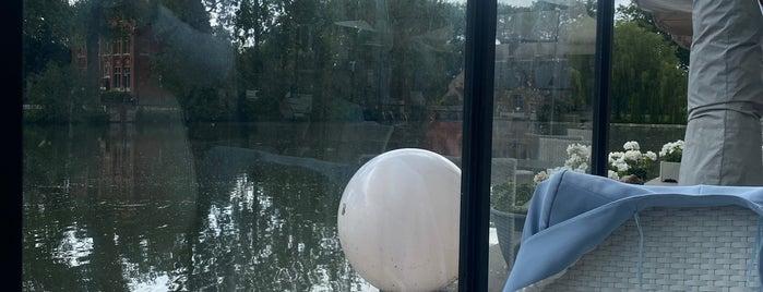 Kasteel Minnewater is one of Eurotrip: Bruges.