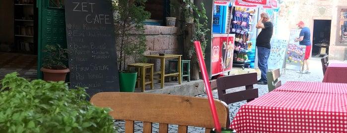 Zet Cafe is one of Cunda.