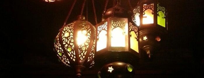 Tai Thai is one of Tim's Favorite Restaurants & Bars around The Globe.