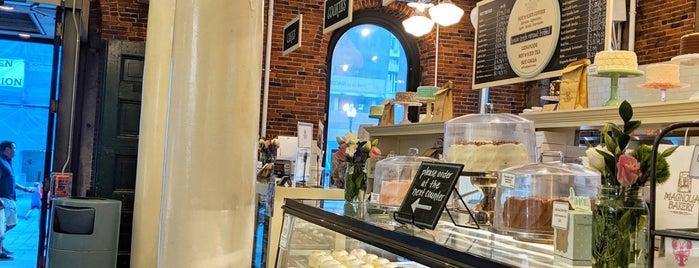 Magnolia Bakery is one of Boston.