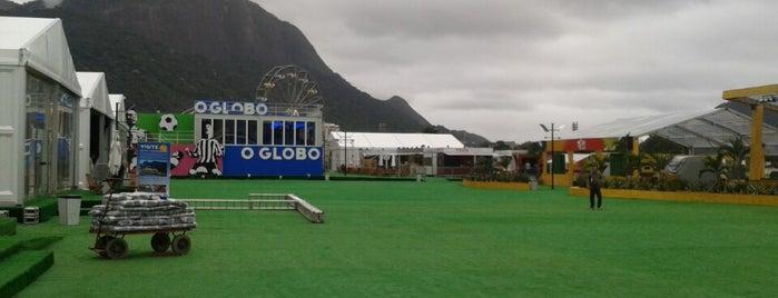 Parque da Bola is one of Aqui na terra tão jogando futebol.