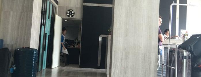 Furama FX Hotel Makkasan is one of Posti che sono piaciuti a Yodpha.