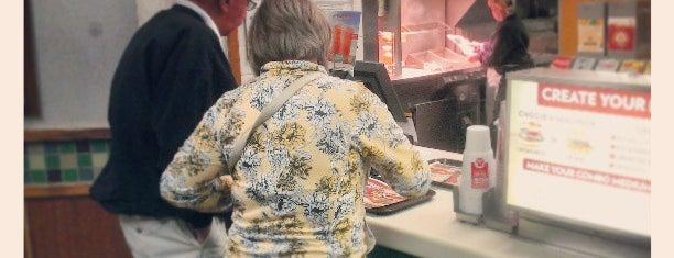 Wendy's is one of Tempat yang Disukai Greg.