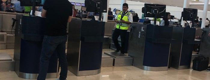Aeromexico is one of Alan 님이 좋아한 장소.