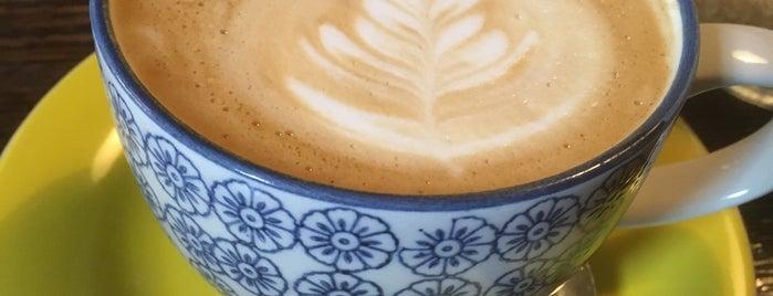 Coffee Corner Bakery is one of Lugares guardados de Hana.
