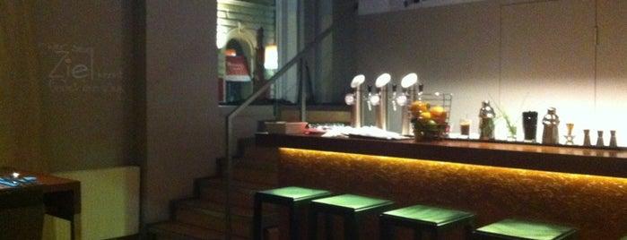 Restaurant/Bar Viereck is one of Mein Wien.