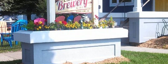 Lake Time Brewery is one of Lieux sauvegardés par Chad.