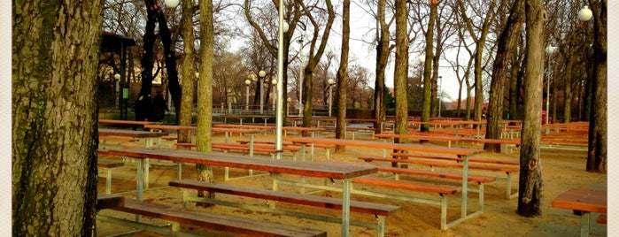 Letná Beer Garden is one of prazsky bary / bars in prague.