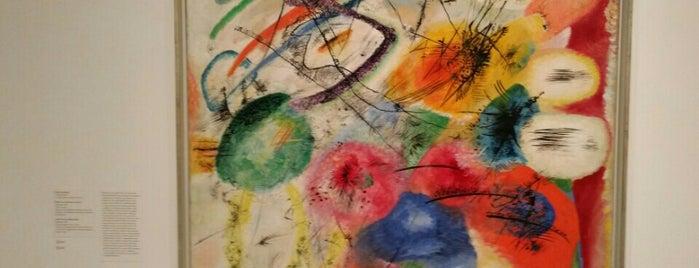 Kandinsky in Paris 1934-1944 is one of สถานที่ที่ Alexander ถูกใจ.