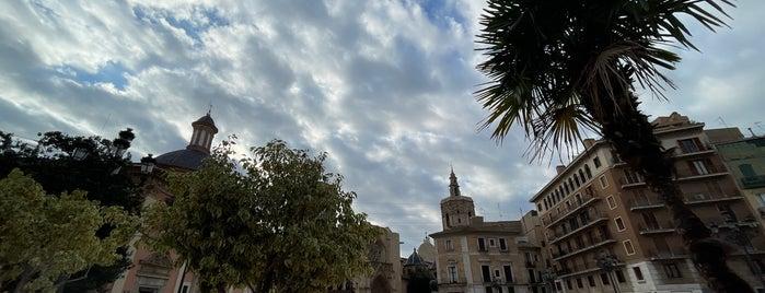 Plaza de la Virgen is one of uwishunu spain too.