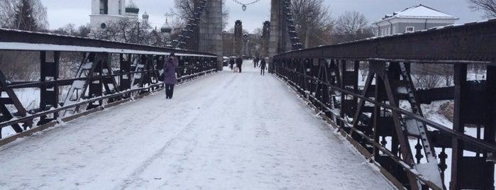 Висячий цепной мост is one of Russia10.