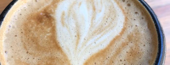 Black Cat Coffee is one of Mennan'ın Beğendiği Mekanlar.