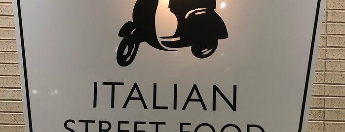 Piada Italian Street Food is one of Gespeicherte Orte von Lois.