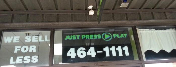 Just Press Play is one of Orte, die Chrissy gefallen.