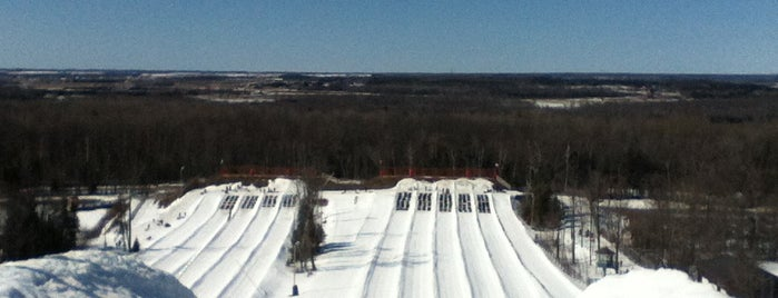 Snow Valley Resort Tubing Park is one of Jessさんのお気に入りスポット.