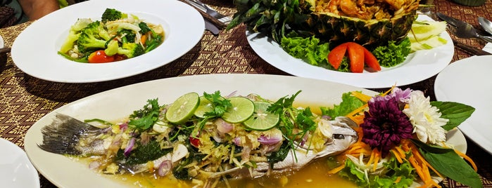 The Fish restaurant is one of Posti che sono piaciuti a Andre.