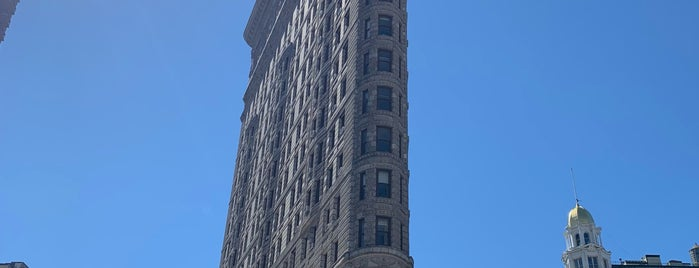 Flatiron Building is one of NYC 4 ME.