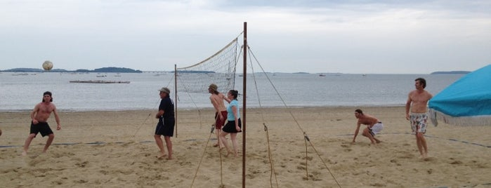 Wollaston Beach is one of Beaches in Boston.
