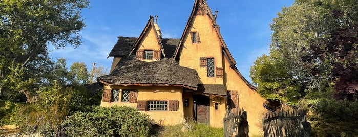 The Witch's House is one of LA where to go.