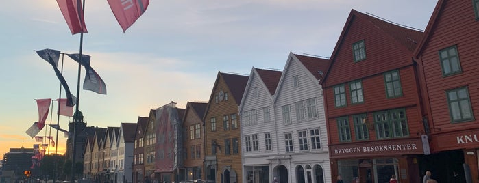 Bryggen is one of Noruega.