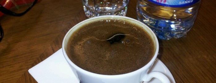 Kahve Dünyası is one of Tempat yang Disukai Dbotxrxiv.