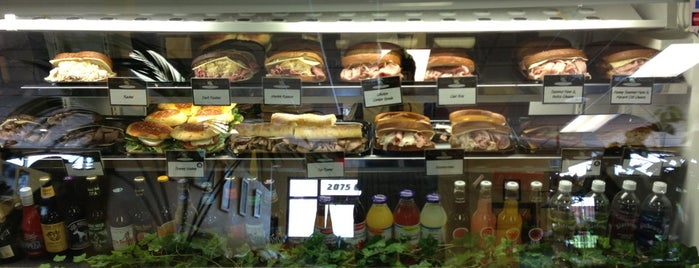 Cheese Cake Heaven is one of สถานที่ที่ Stefano ถูกใจ.
