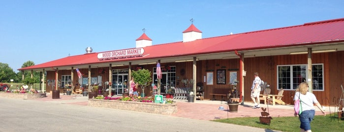 Wood Orchard Market is one of Green Bay.