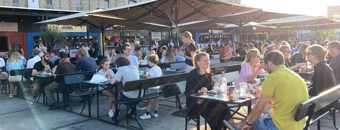 Broens Gadekøkken - Broen Streetfood is one of Restaurants near Kvæsthusgade.