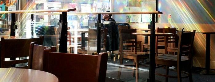 Starbucks is one of Tempat yang Disimpan Deborah Lynn.