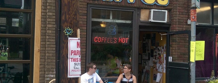 Matchbox Coffee Shop is one of Minneapolis + More.