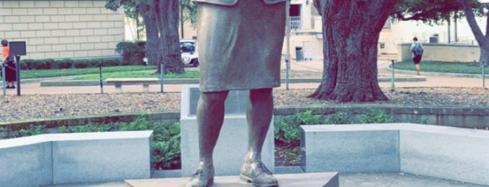 Barbara Jordan Statue is one of AUS to-do.