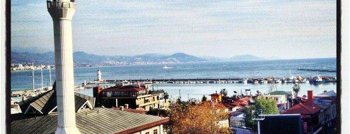 Hmz Cafe is one of Yunus'un Beğendiği Mekanlar.