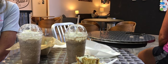 Bitty & Beau's Coffee is one of Posti che sono piaciuti a Erica.